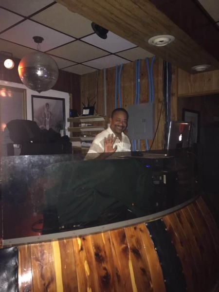 Live At The Spinning Wheel